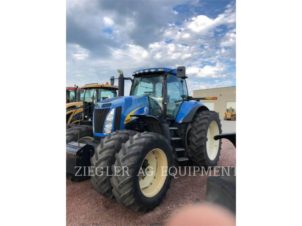 New Holland T8050, tractors, Agriculture