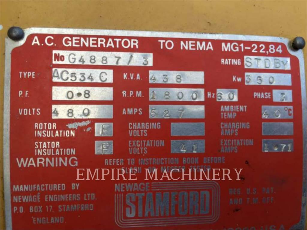 Newage PRM AC534C, rem. adv. - cabrestante, Construcción