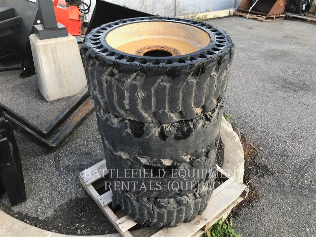 [Other] 12X16.5 HARD RUBBER, tires, Construction