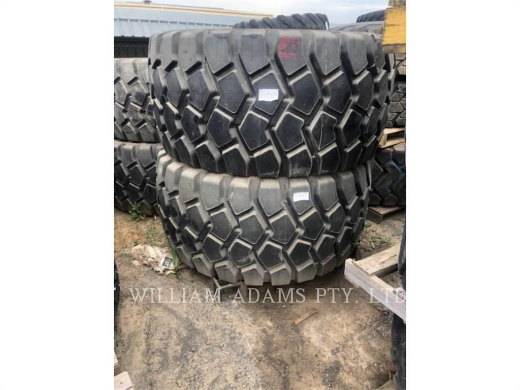 [Other] 730, pneus, Equipamentos Construção