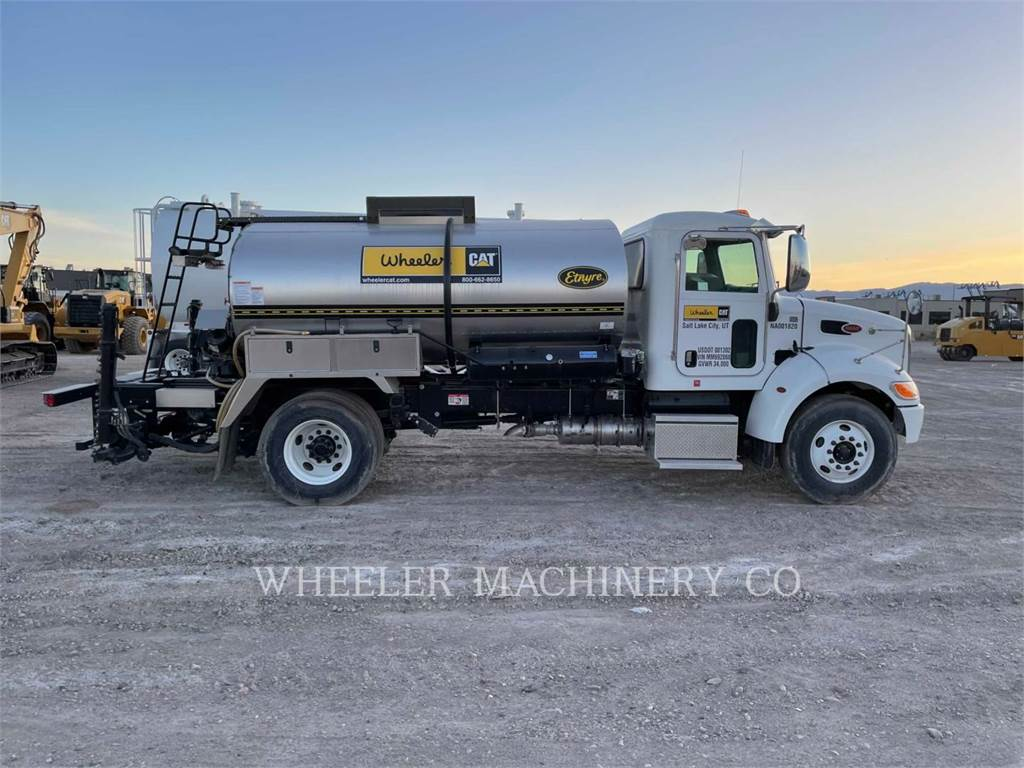 [Other] MISCELLANEOUS MFGRS DIST 2000, Asphalt and Tar Sprayers and Sealers, Construction