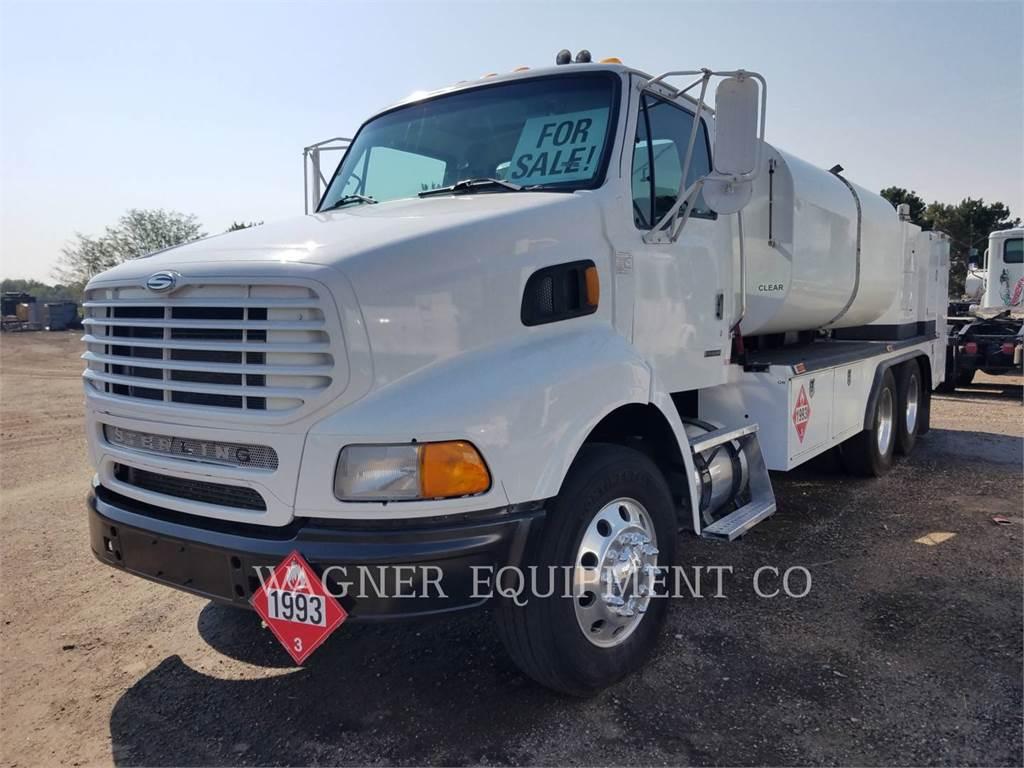 Sterling FUEL LUBE TRUCK, on highway trucks, Transport