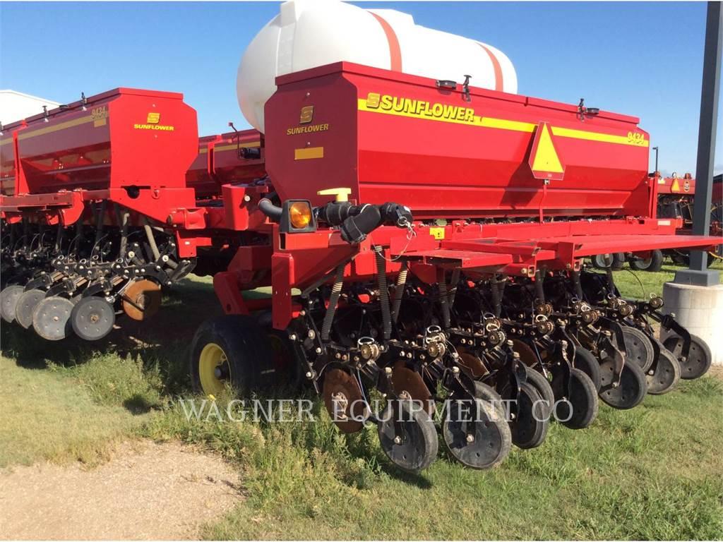 Sunflower MFG. COMPANY 9434 40, equipamento agrícola de lavragem, Agricultura