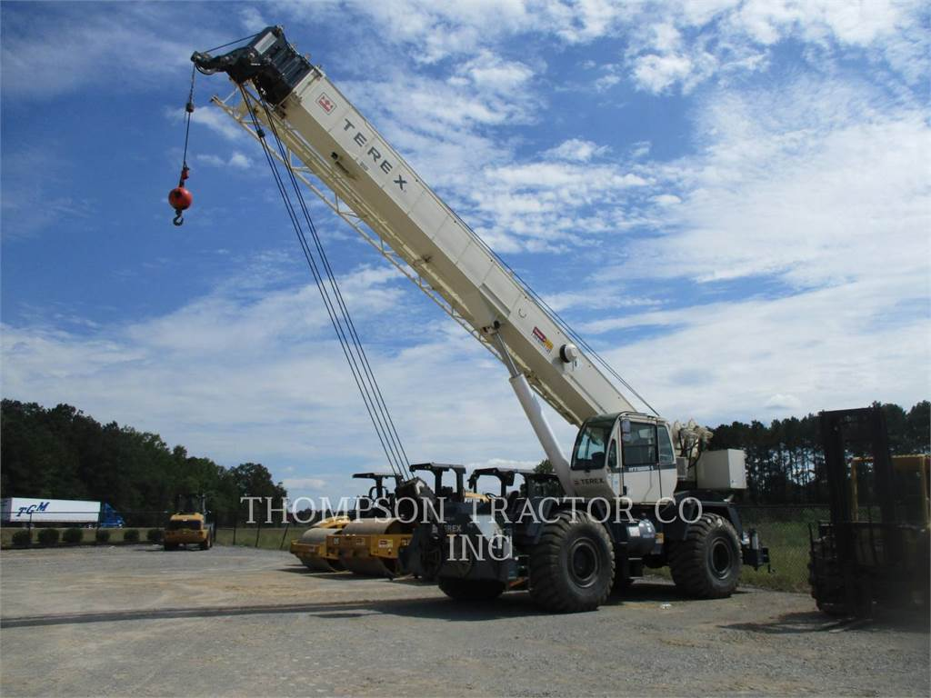 Terex RT555-1, cranes, Construction