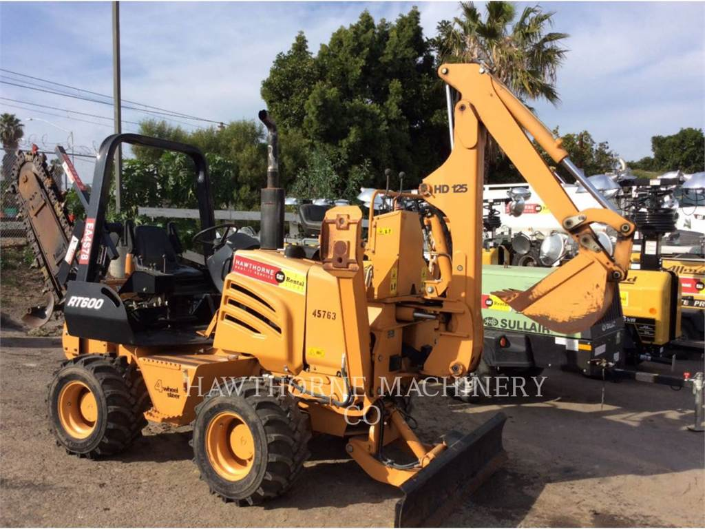 Toro RT600, Trenchers, Construction