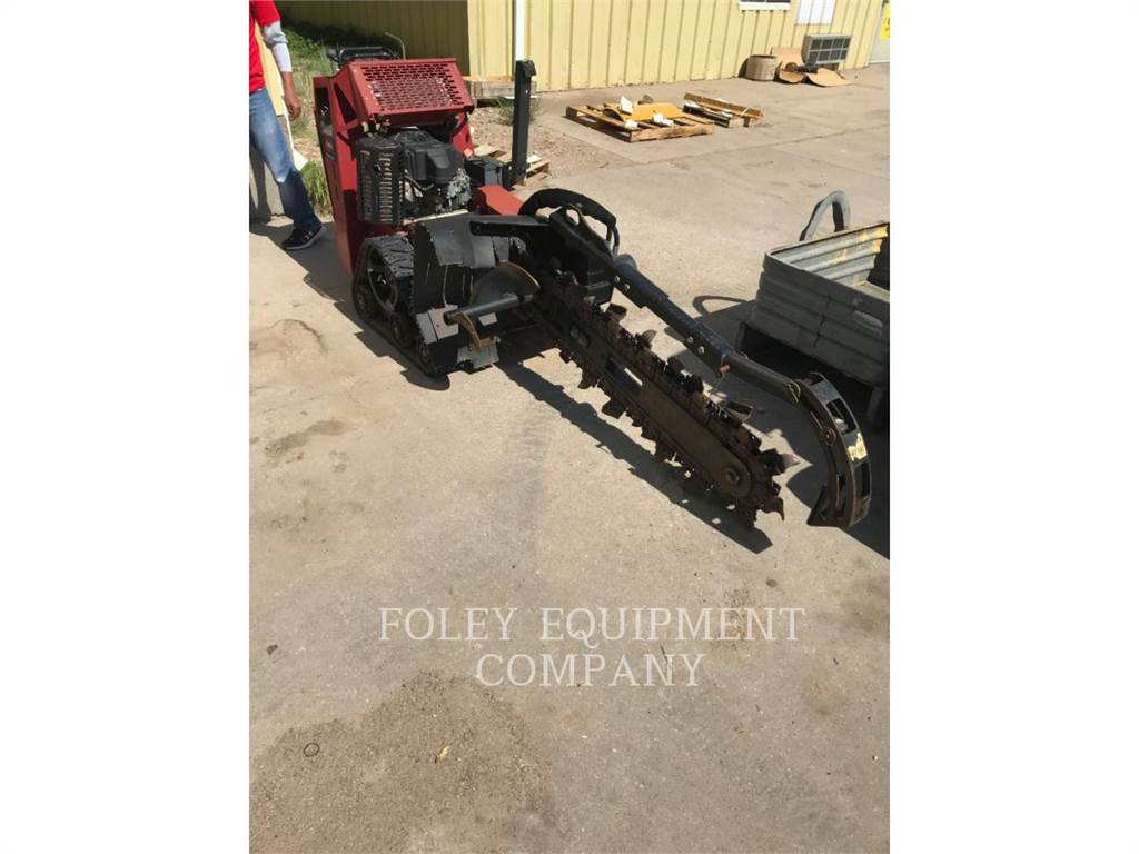 Toro TRX20, Trenchers, Construction