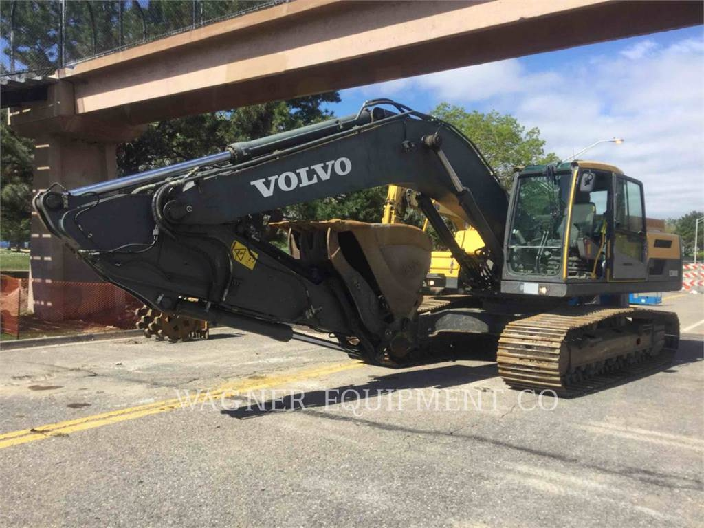 Volvo EC300DL, Crawler Excavators, Construction