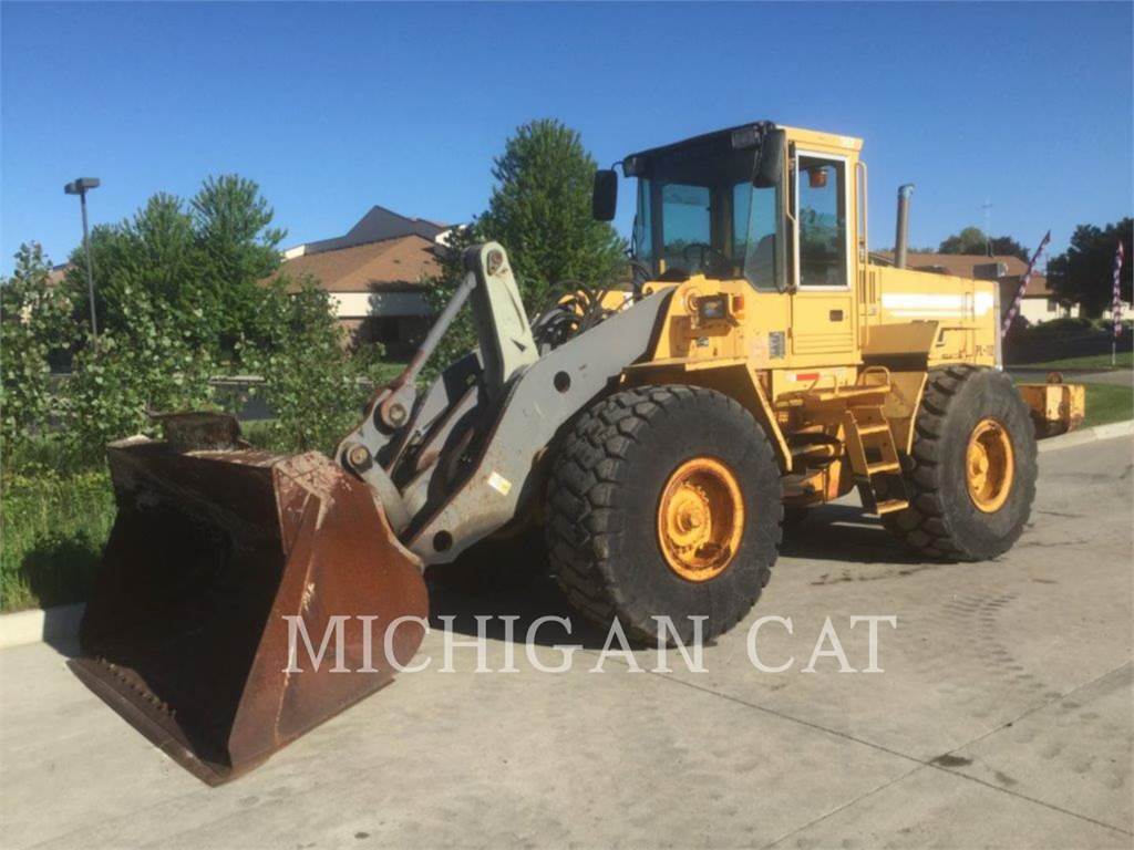 Volvo L120, Wheel Loaders, Construction