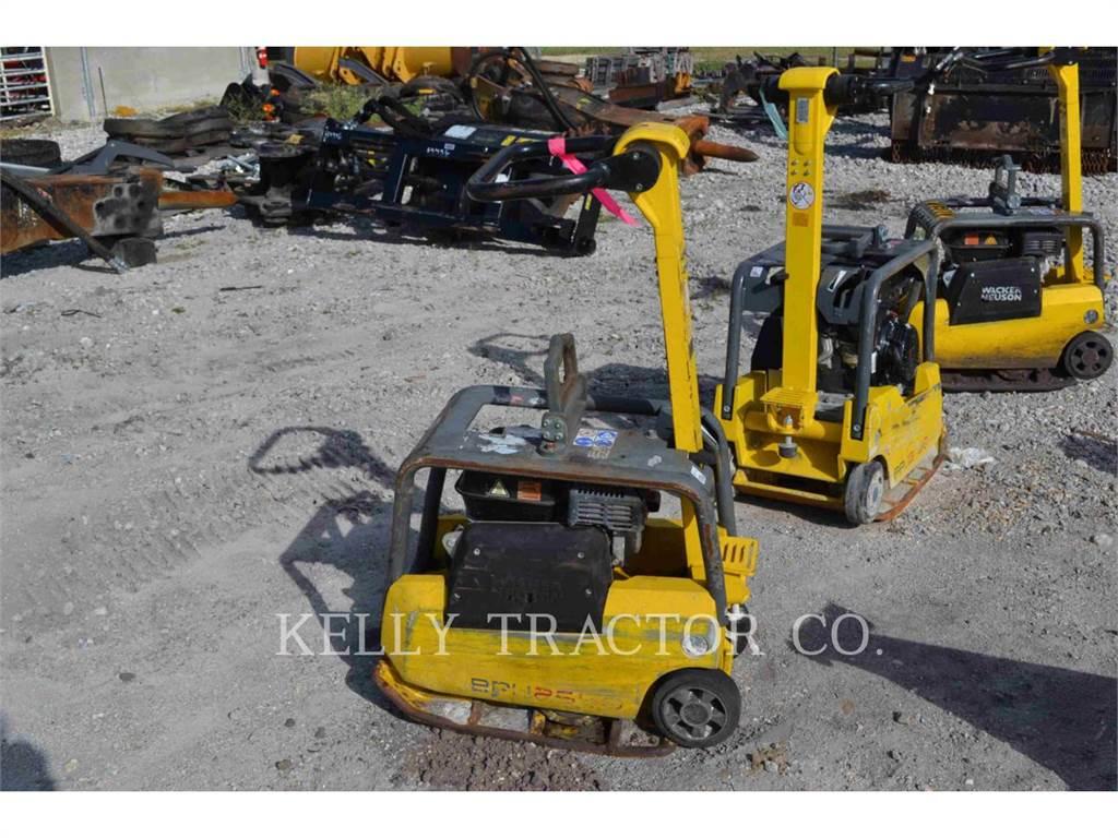 Wacker BPU2540A, vibratory plate compactor, Construction