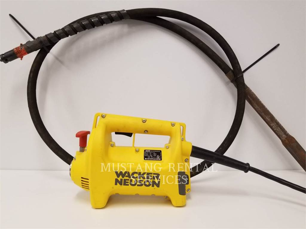 Wacker M2500, concrete equipment, Construction