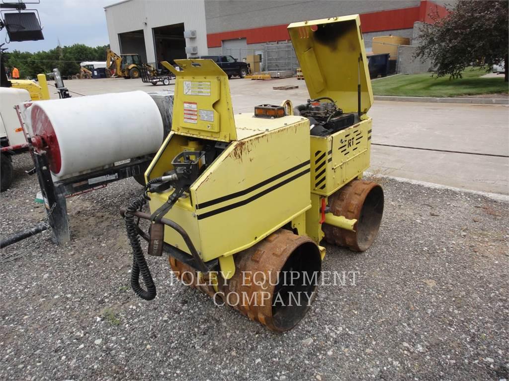Wacker RT820, Compactors, Construction