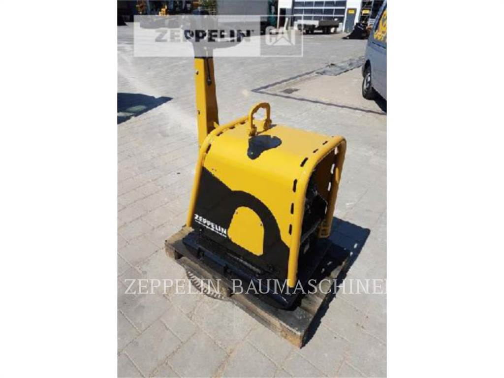 Weber CR-8, vibratory plate compactor, Construction
