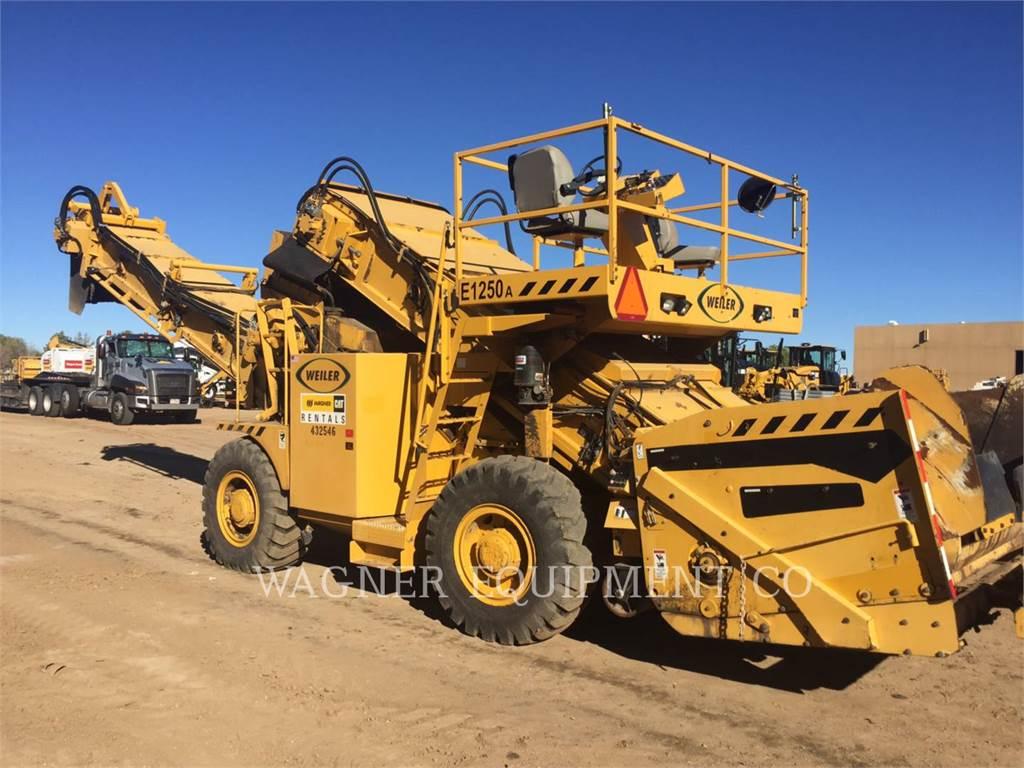 Weiler E1250A, Asphalt pavers, Construction