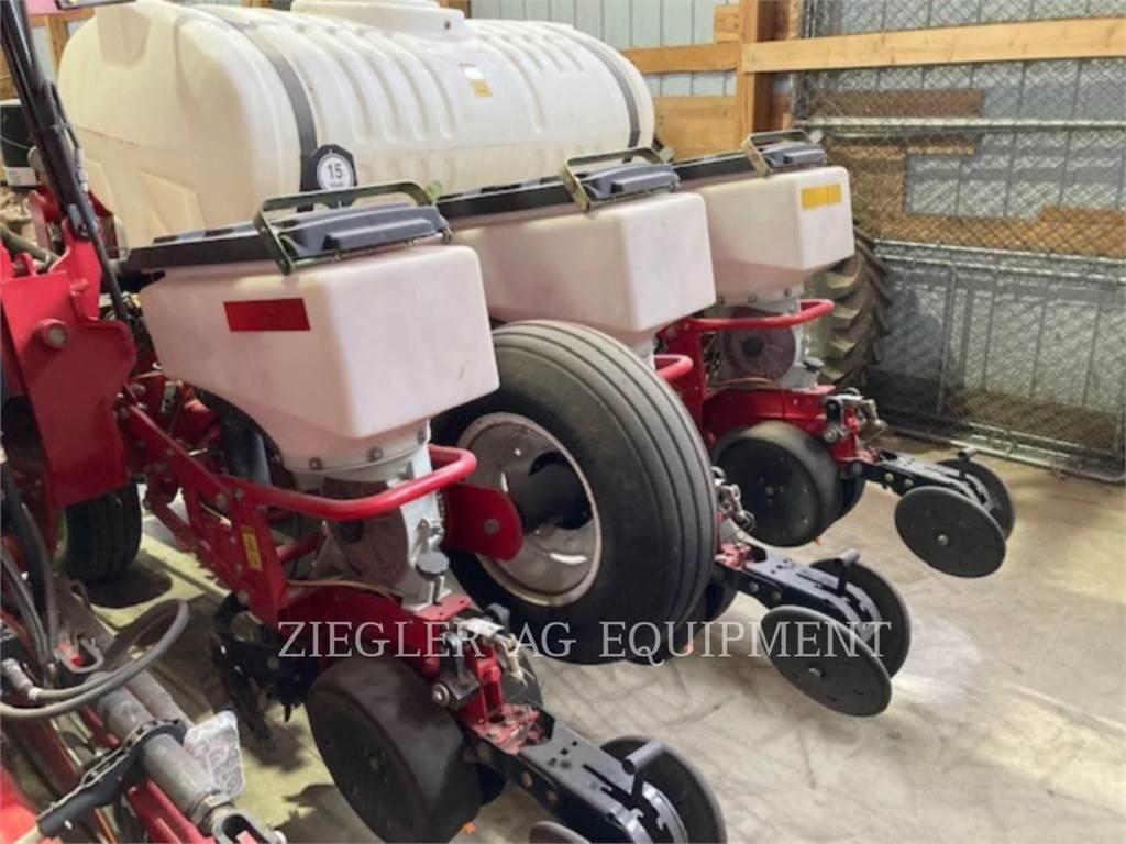 White 8222-30_DE, planting equipment, Agriculture