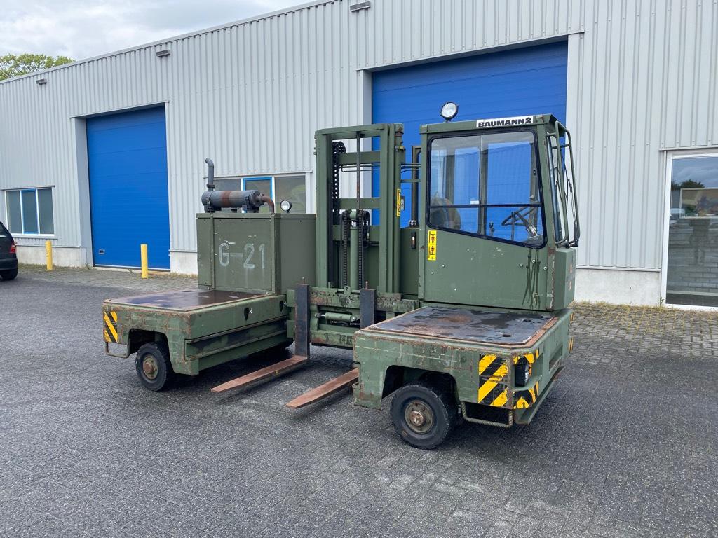 Baumann 4x4x4 ,Zijlader, Diesel, 3 ton, Four-way truck, Laden en lossen