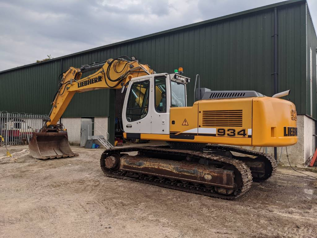 Liebherr 934, Crawler excavators, Construction