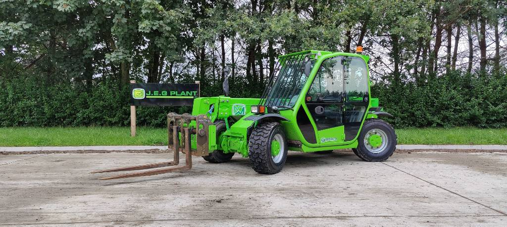 Merlo P 25.6, Telehandlers for agriculture, Agriculture