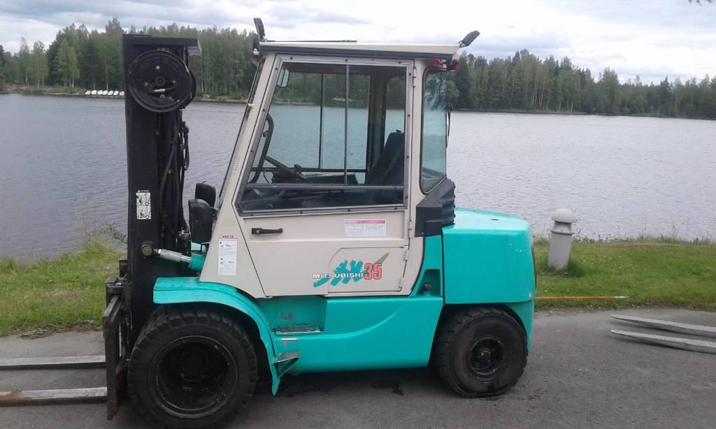 Mitsubishi FD35A, Dieseltrukit, Materiaalinkäsittely