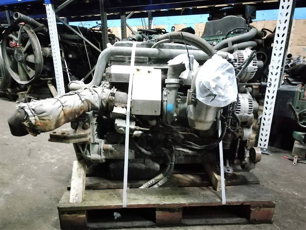 Iveco Engine F4AFE612G, Engines, Trucks and Trailers