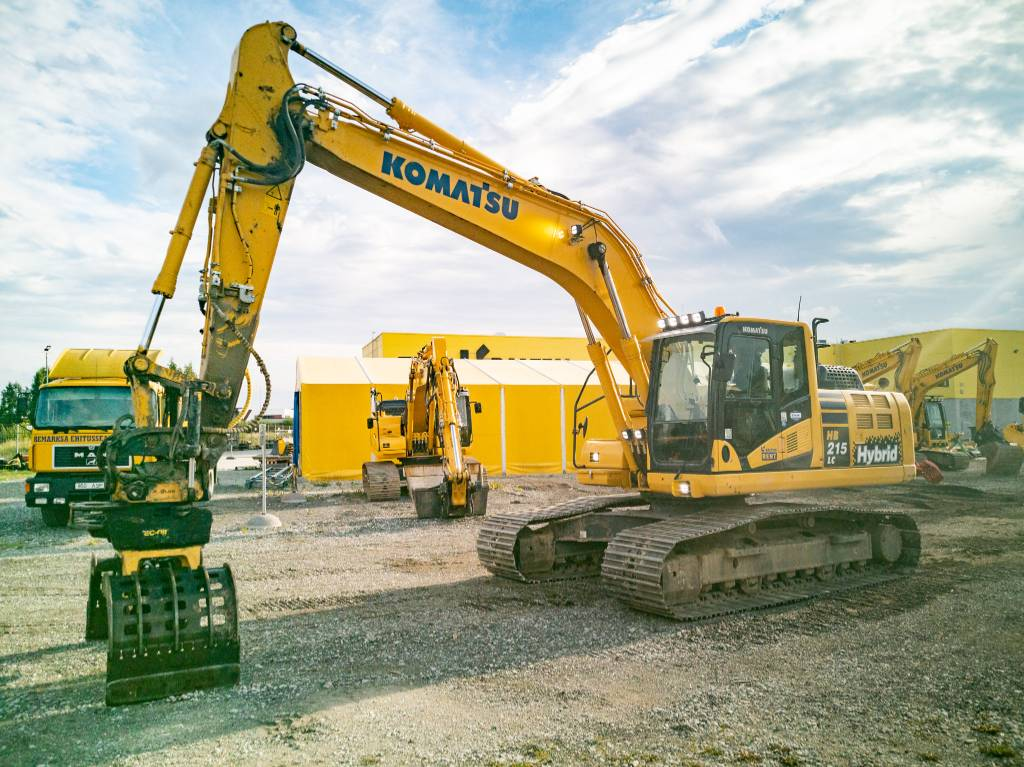 Komatsu HB215-LC2, Crawler excavators, Construction
