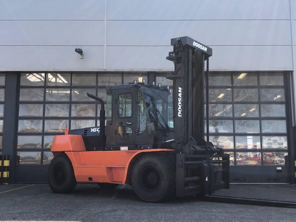 Doosan D160S-5, Diesel heftrucks, Laden en lossen