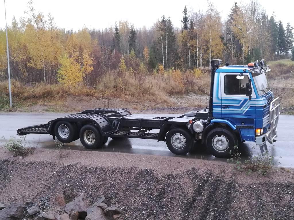 Scania 142 V8 Koneenkuljetusritilä 2600 leveä, Lava / vinssi kuorma-autot, Kuljetuskalusto