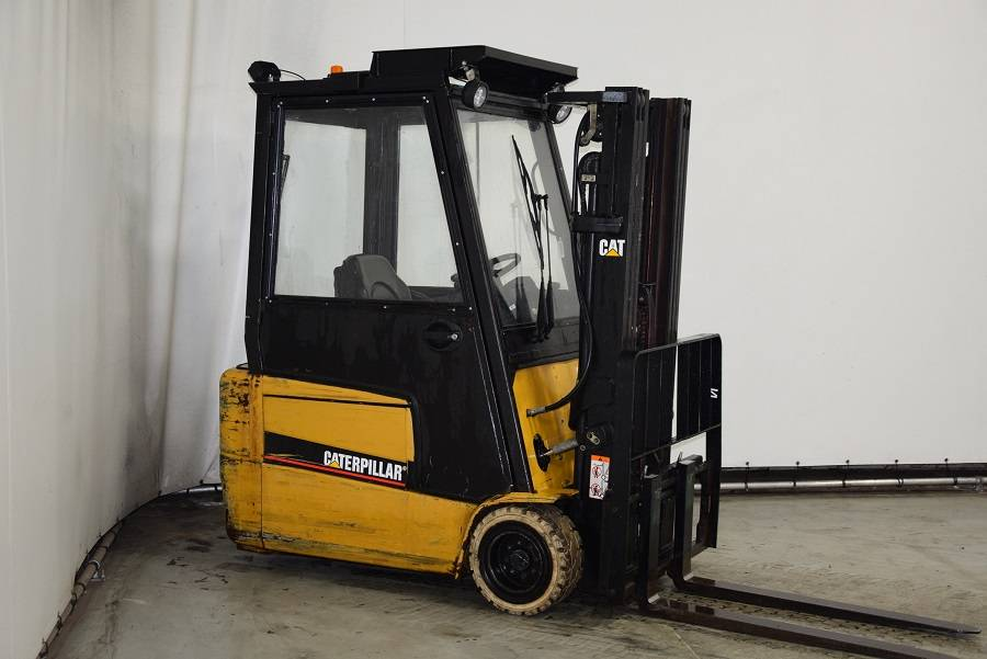 Caterpillar EP20KT, Electric forklifts, Material Handling