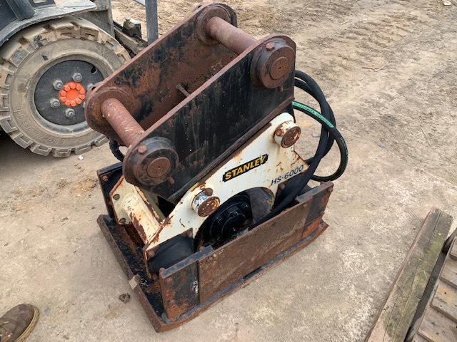 Stanley HS6000, Plate compactors, Construction