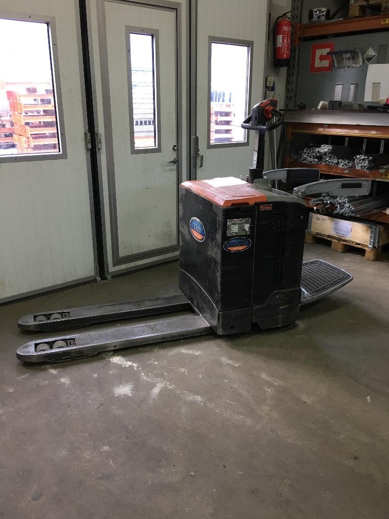 Rocla TP 20 AC, Lavansiirtotrukit ajotasolla, Materiaalinkäsittely