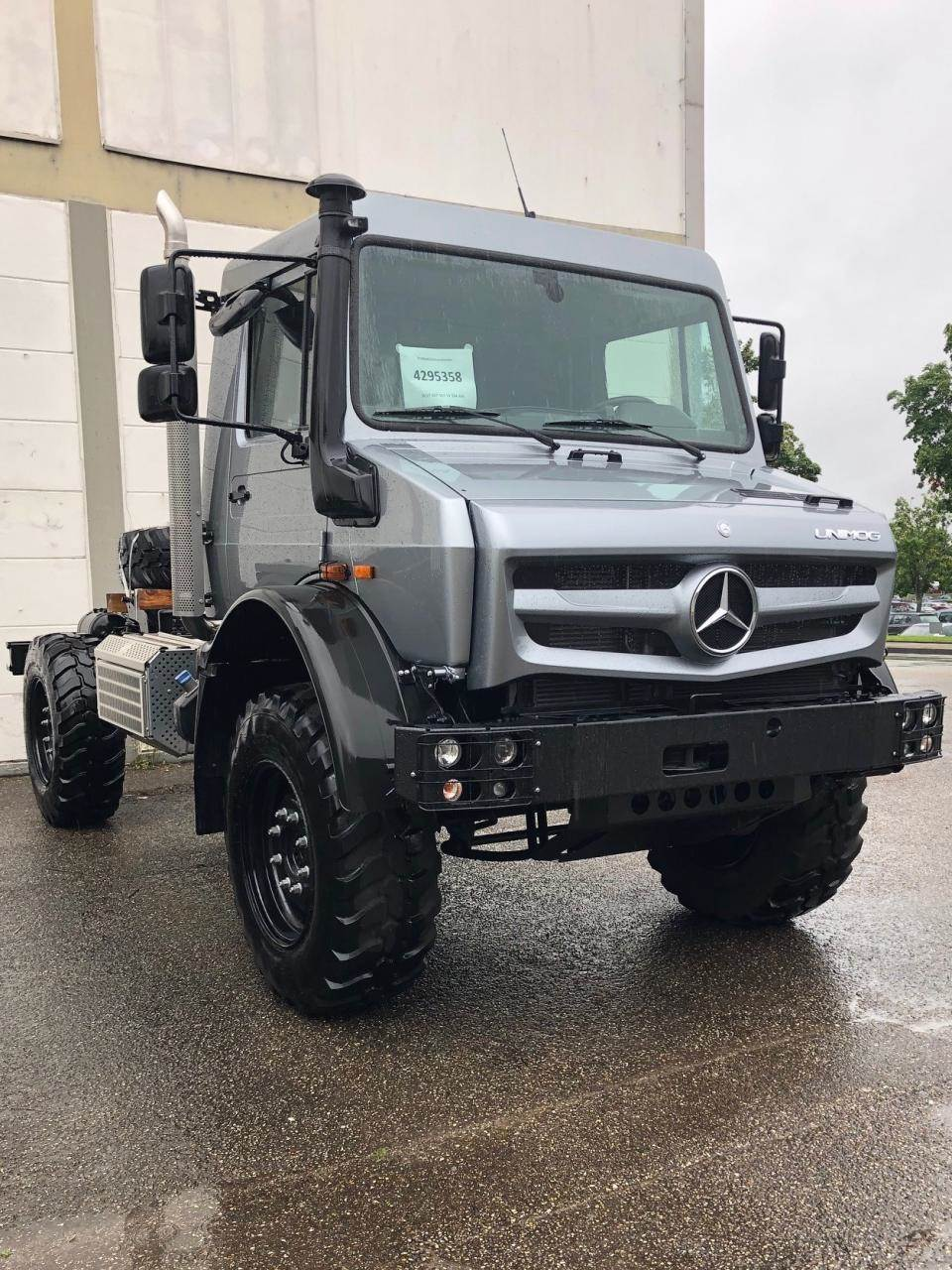 Mercedes-Benz Unimog U 4023, Andere Fahrzeuge, LKW/Transport