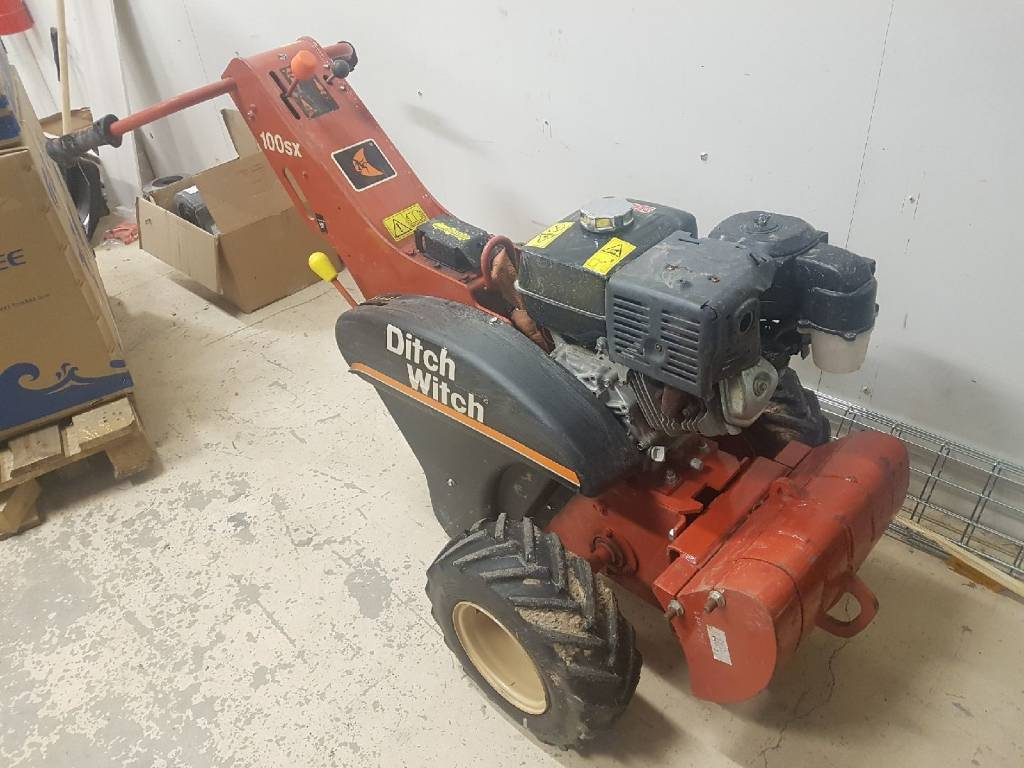 Ditch Witch 100 SX, Kedjegrävmaskiner, Entreprenad