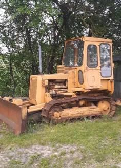 Caterpillar D3, Spycharki, Maszyny budowlane