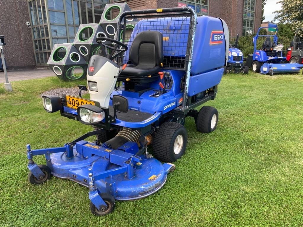 Iseki SFH 240, Päältäajettavat ruohonleikkurit, Ympäristökoneet