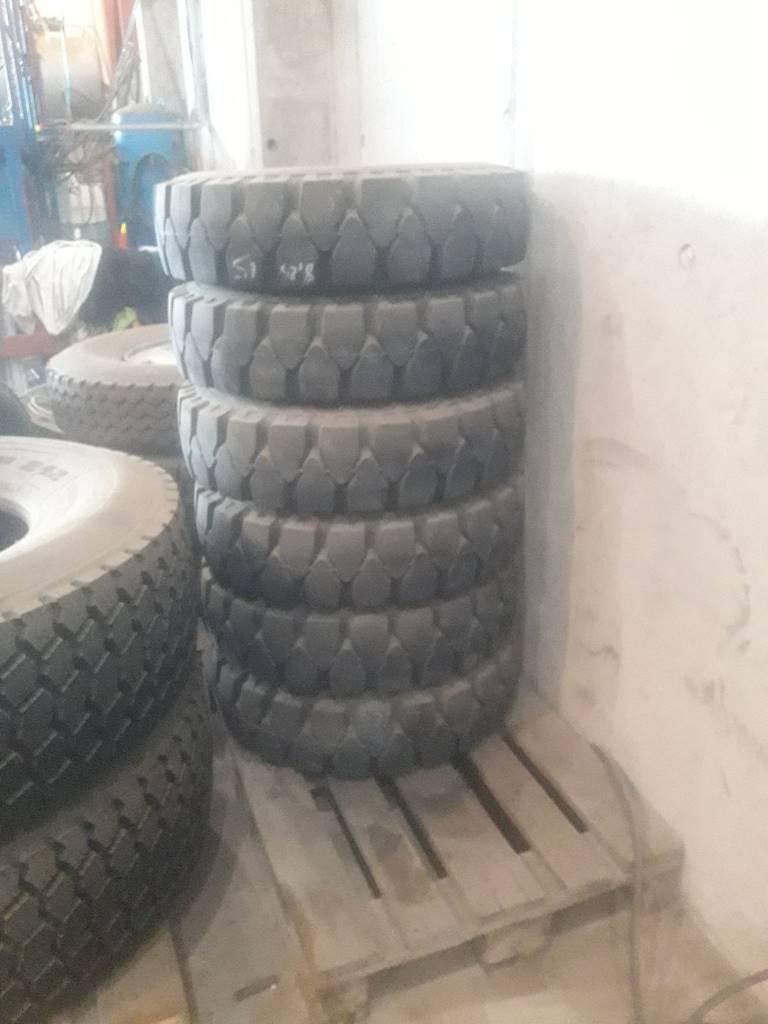 [Other] Truck dekk, Gumasol Softy 8,25x15, Dekk, hjul og felger, Truck