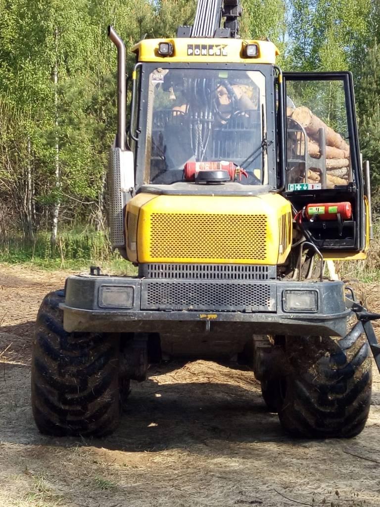Ponsse Wisent 8W, Kuormatraktorit, Metsäkoneet