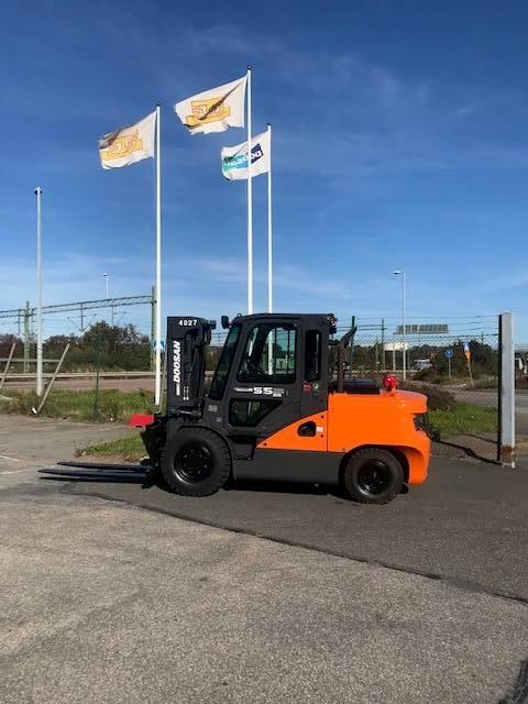 [Other] Såld Doosan nya på gång Fabriksny Köp/Hyr D55C-7, Dieselmotviktstruckar, Materialhantering