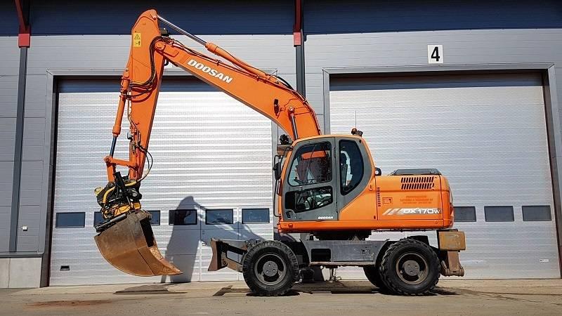 Doosan DX 170 W, Hjulgrävare, Entreprenad
