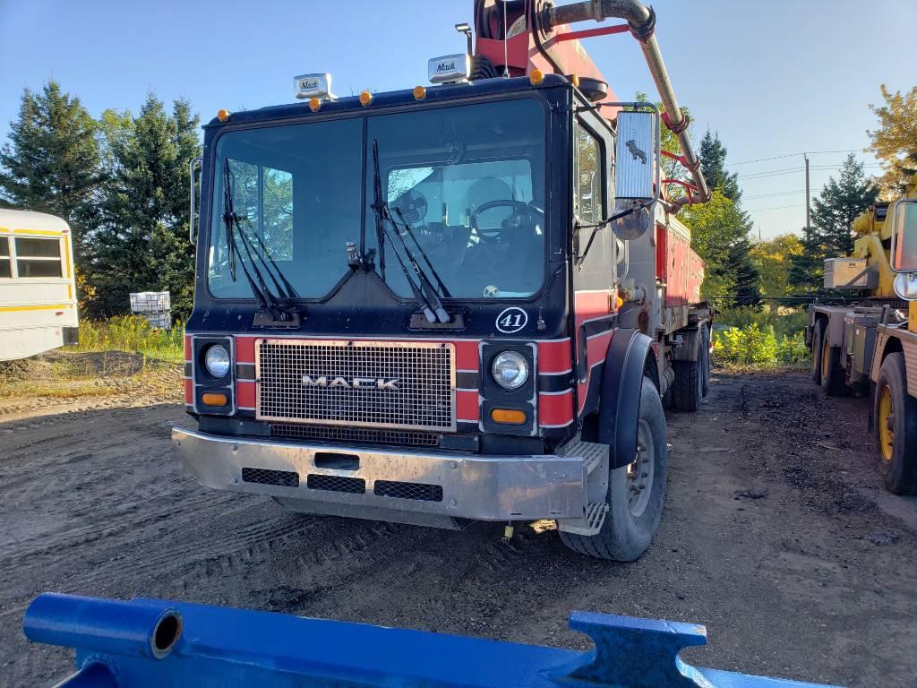 Concord 36M, Boom Pumps, Construction Equipment