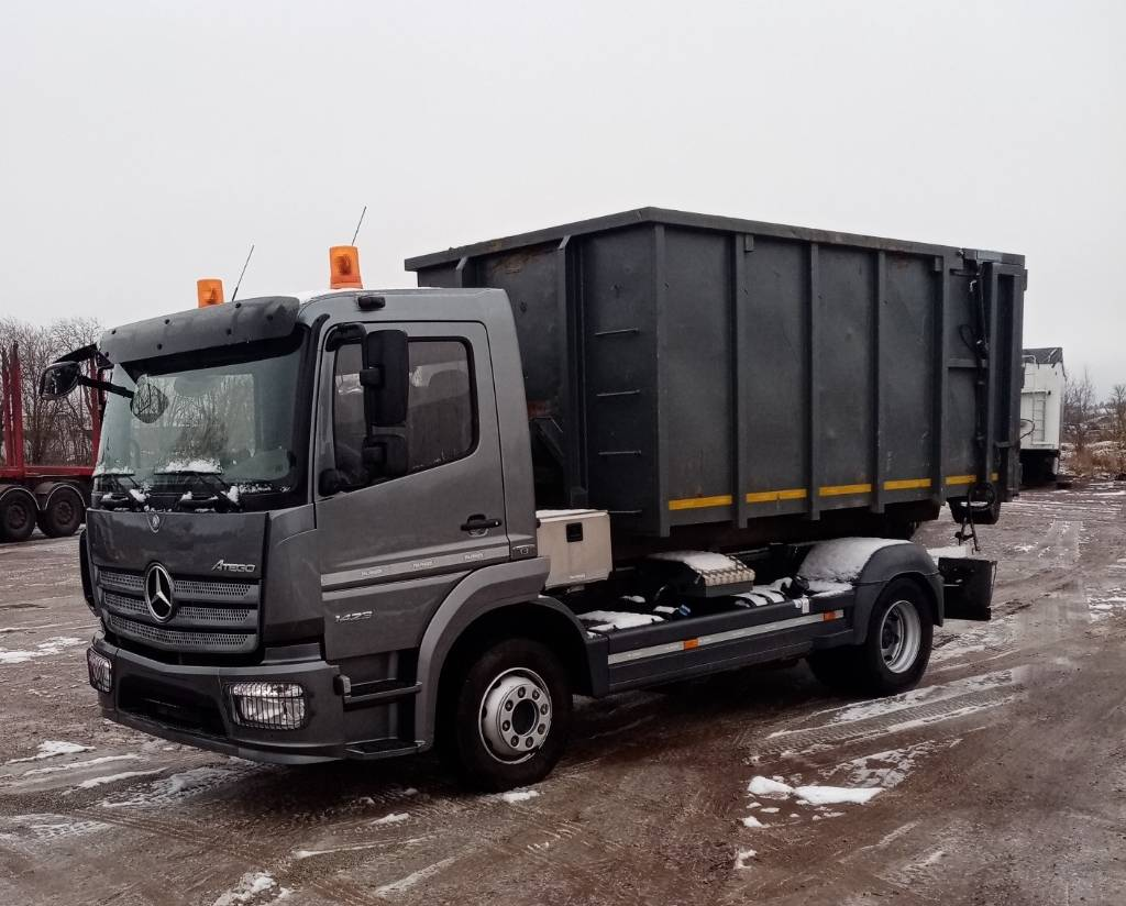Mercedes-Benz ATEGO 1323L Roll-Off Tipper, Tow Trucks / Wreckers, Trucks and Trailers