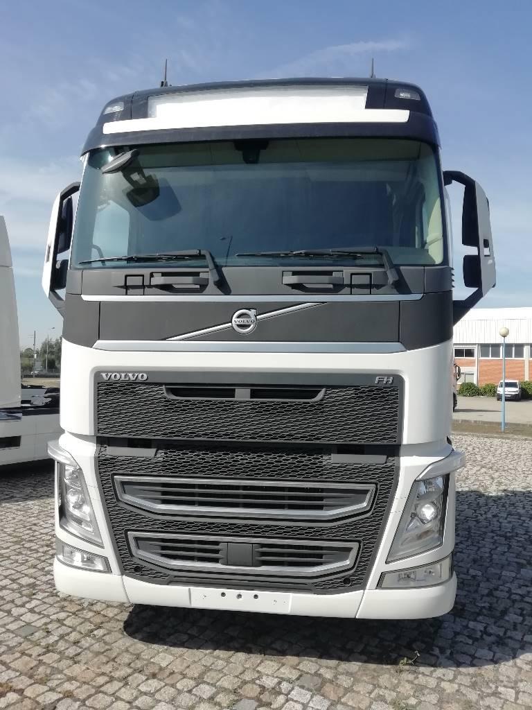 Volvo FH13 500, Tractores (camiões), Transporte