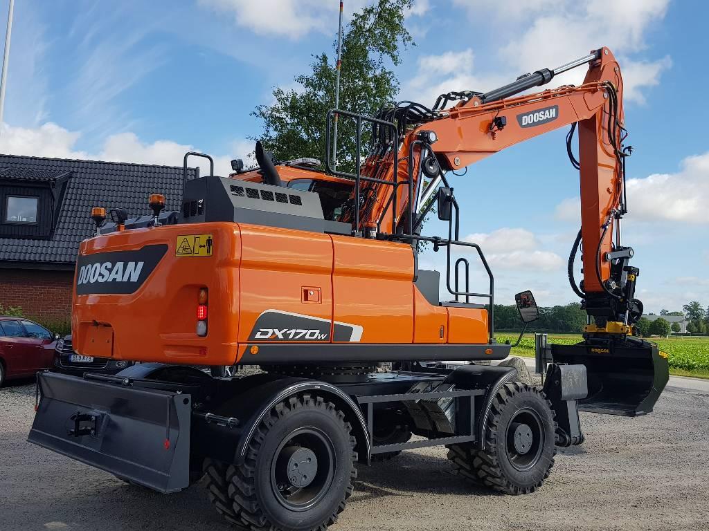 Doosan DX 170 W-5, Fabriksny, Hjulgrävare, Entreprenad