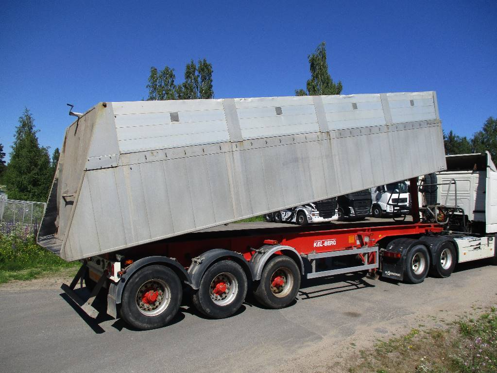 Kel-Berg T40-3, Kippipuoliperävaunut, Kuljetuskalusto