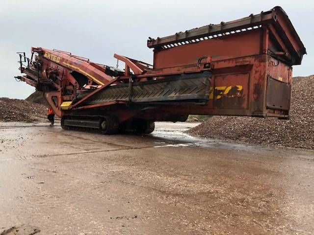 Extec S5, Mobile screeners, Construction