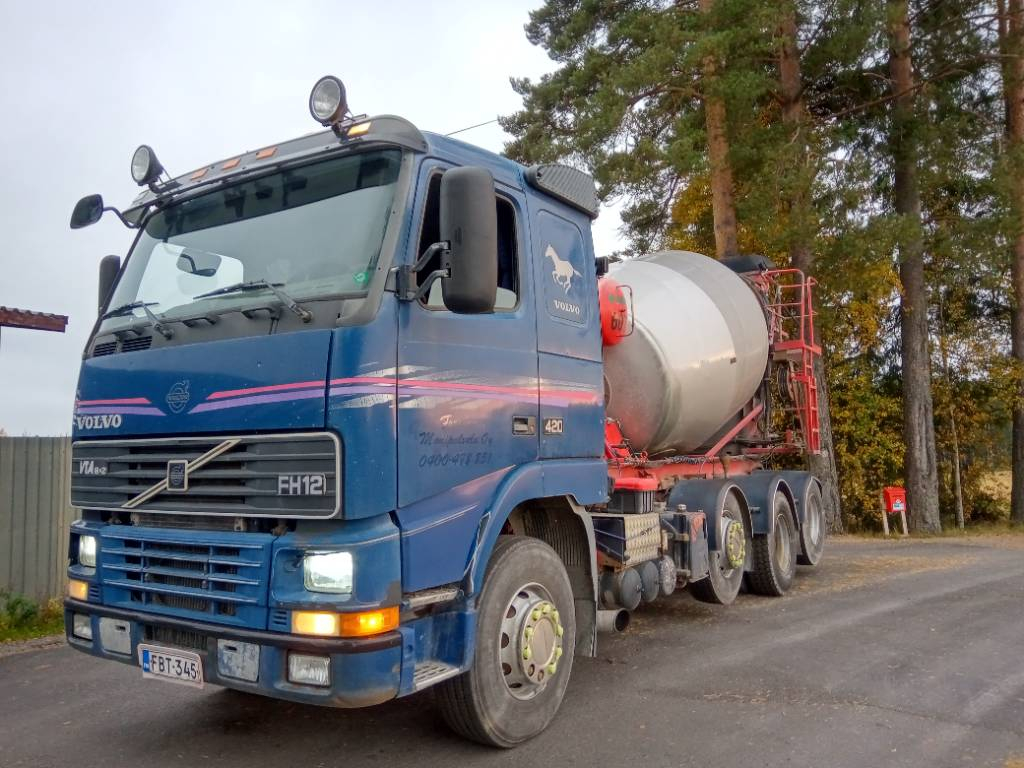 Volvo FH12 8x2 Kart säiliö, hydr.ränni, Betonikuorma-autot, Kuljetuskalusto