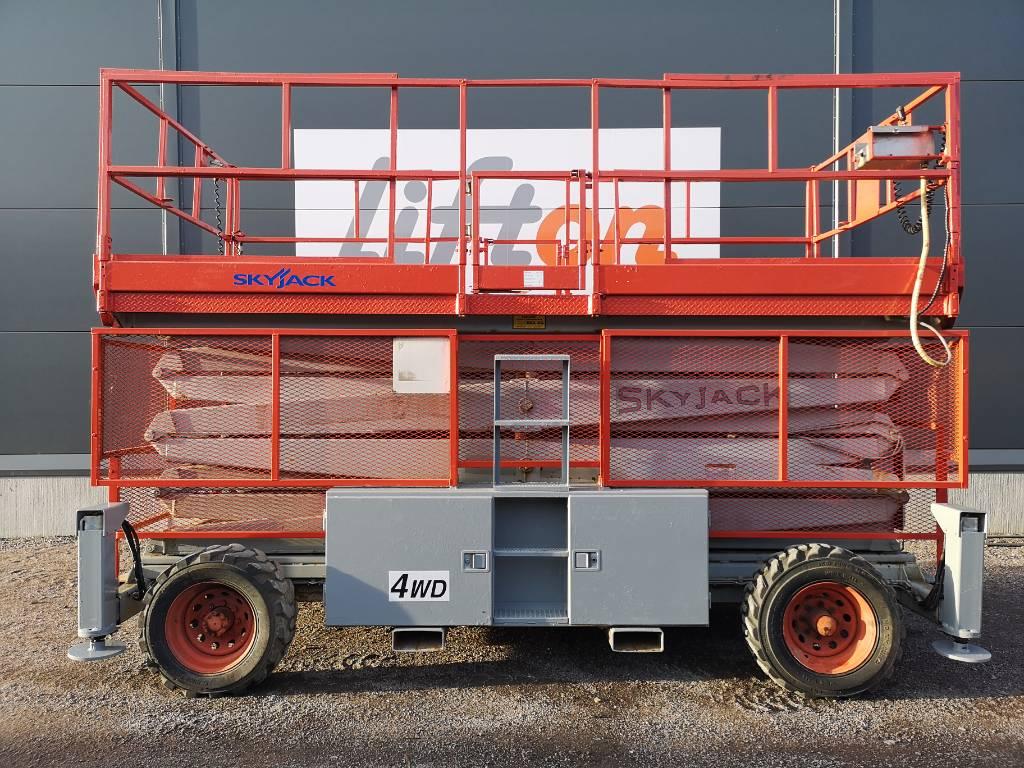 SkyJack SJ 9250, Saxliftar, Entreprenad