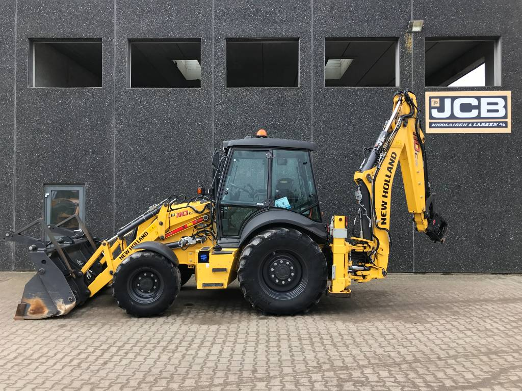 New Holland B 110 C TC, Rendegravere, Entreprenør