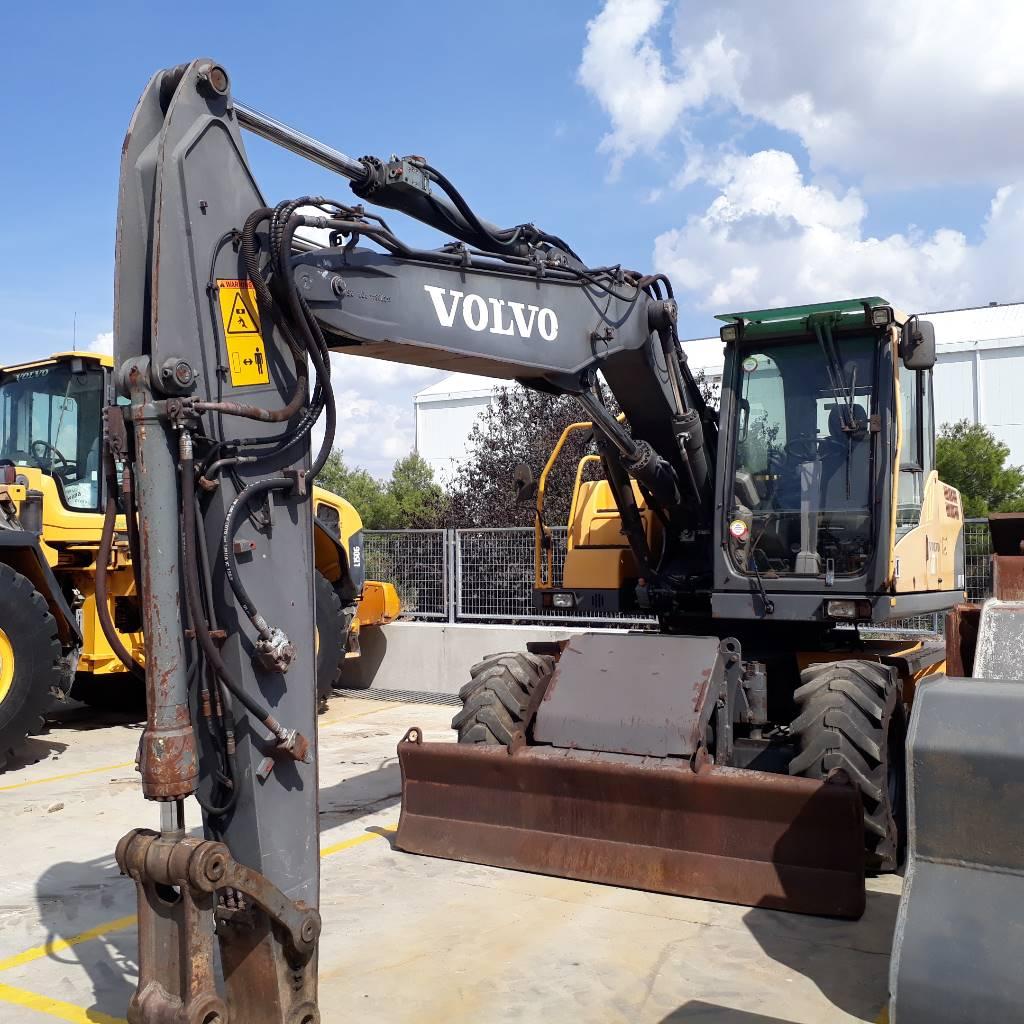 Volvo EW 140 C, Excavadoras de ruedas, Construcción