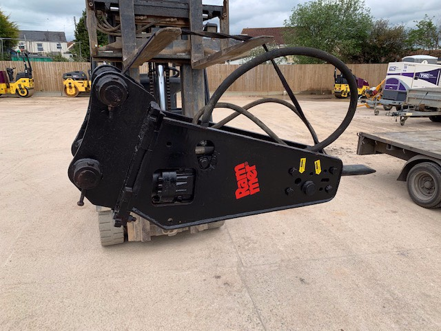 Rammer S 27, Hammers / Breakers, Construction