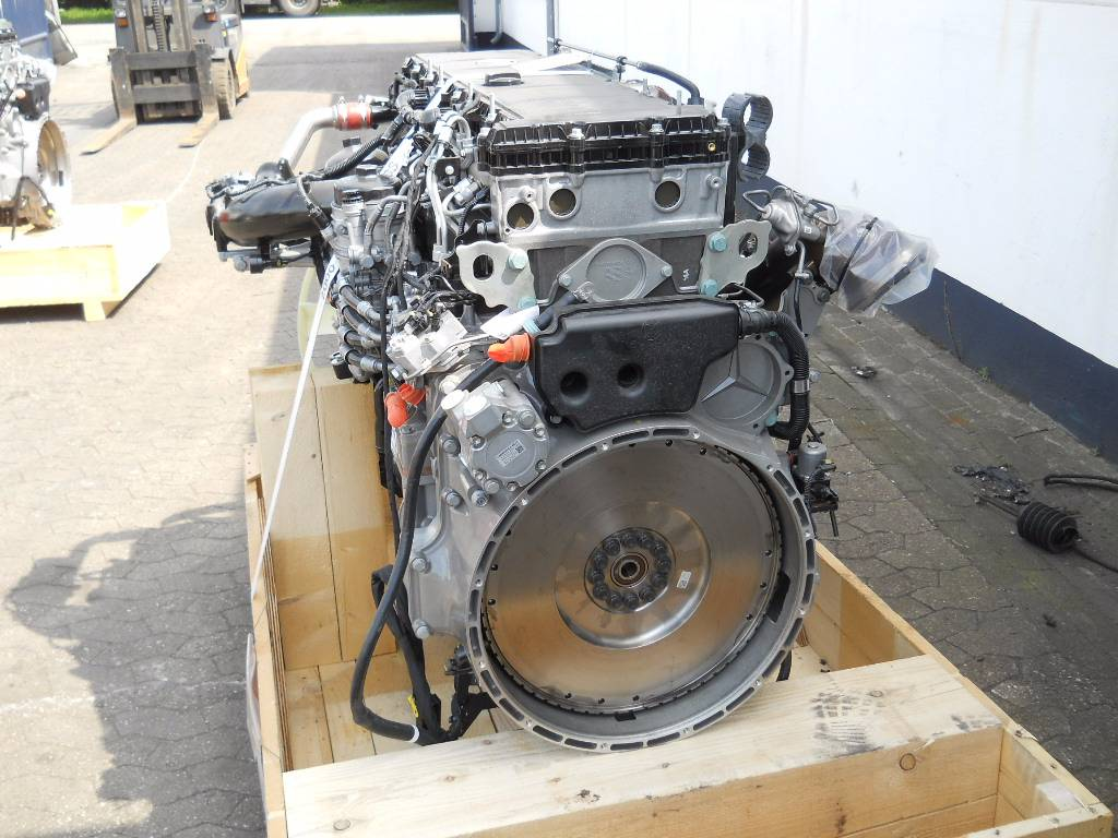 Mercedes benz om470la om 470 la engines year of for Used mercedes benz engine
