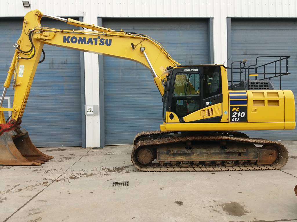 Komatsu PC210LCI-10 GPS machine guidance, Crawler Excavators, Construction Equipment